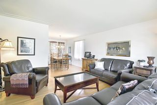 Photo 12: 30 Wakefield Drive SW in Calgary: Westgate Detached for sale : MLS®# A1136370