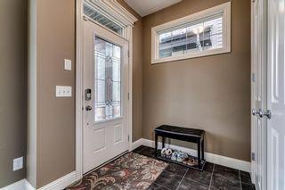 Photo 2: 2221 26 Street SW in Calgary: Killarney/Glengarry Detached for sale : MLS®# C4245993