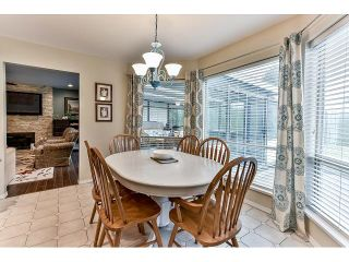 "Photo 5: 15518 93RD Avenue in Surrey: Fleetwood Tynehead House for sale in ""BERKSHIRE PARK"" : MLS®# R2052832"