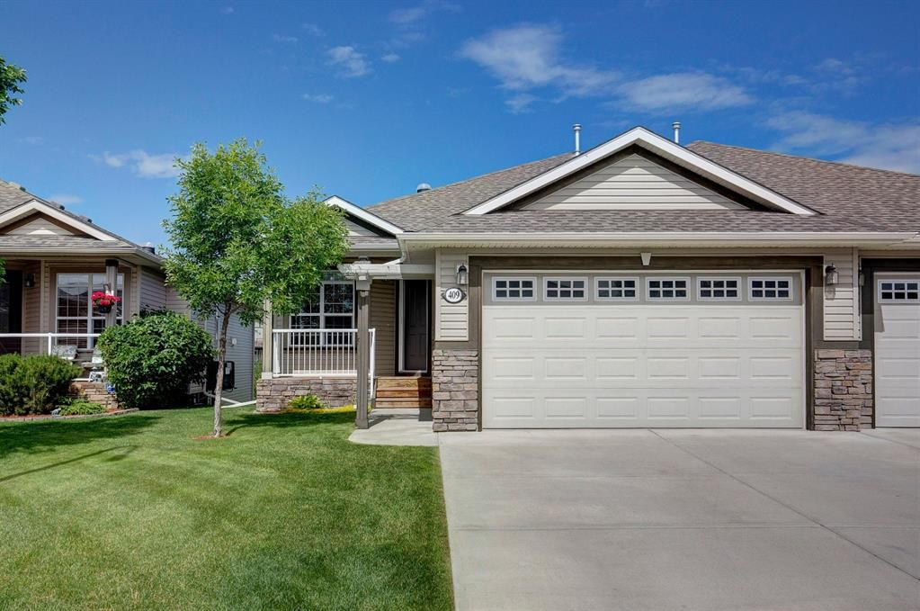 Main Photo: 409 High Park Place NW: High River Semi Detached for sale : MLS®# A1012783