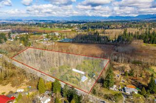 Photo 2: 24183 FRASER Highway in Langley: Salmon River House for sale : MLS®# R2586002