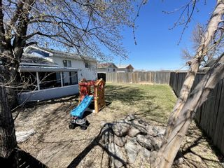 Photo 34: 882 10th Street NW in Portage la Prairie: House for sale : MLS®# 202111216