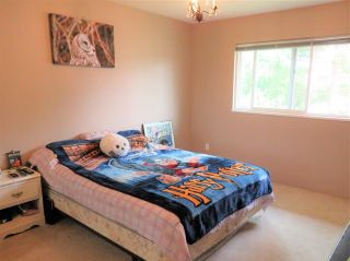 Photo 6: 6532 WILTSHIRE Street in Sardis: Sardis West Vedder Rd House for sale : MLS®# R2324950
