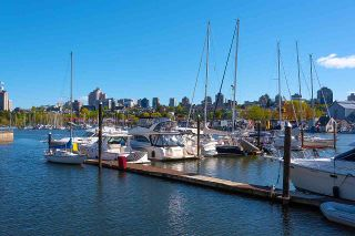 Photo 36: 607 550 PACIFIC STREET in Vancouver: Yaletown Condo for sale (Vancouver West)  : MLS®# R2518255