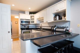 Photo 9: 422 E 2ND Street in North Vancouver: Lower Lonsdale 1/2 Duplex for sale : MLS®# R2533821