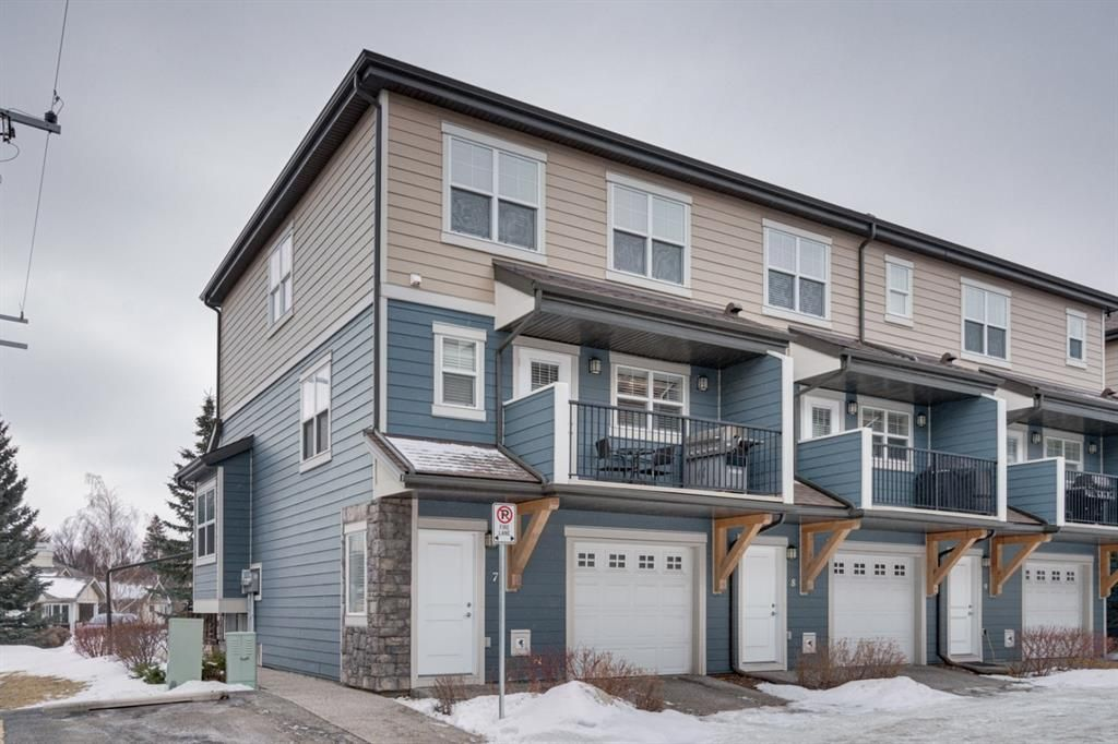 Main Photo: 7 1302 Russell Road NE in Calgary: Renfrew Row/Townhouse for sale : MLS®# A1072512