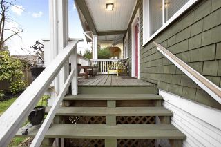 Photo 4: 555 E 12TH Avenue in Vancouver: Mount Pleasant VE House for sale (Vancouver East)  : MLS®# R2541400
