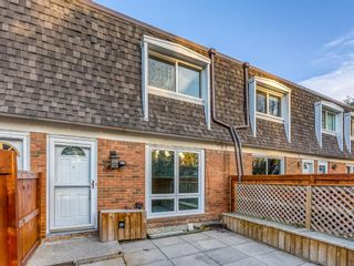 Photo 3: 171 330 Canterbury Drive SW in Calgary: Canyon Meadows Row/Townhouse for sale : MLS®# A1041658