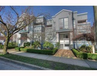 """Photo 10: 5 877 W 7TH Avenue in Vancouver: Fairview VW Townhouse for sale in """"EMERALD COURT"""" (Vancouver West)  : MLS®# v818670"""