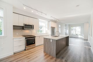 """Photo 14: 24 9688 162A Street in Surrey: Fleetwood Tynehead Townhouse for sale in """"CANOPY LIVING"""" : MLS®# R2513628"""