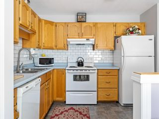 Photo 3: 2 1905 Willemar Ave in : CV Courtenay City Row/Townhouse for sale (Comox Valley)  : MLS®# 870863