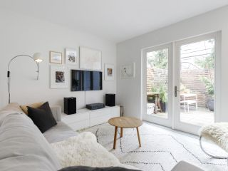 """Main Photo: 3 513 E PENDER Street in Vancouver: Strathcona Townhouse for sale in """"Jackson Gardens"""" (Vancouver East)  : MLS®# R2485404"""