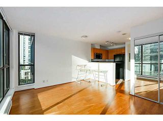 """Photo 8: 303 1367 ALBERNI Street in Vancouver: West End VW Condo for sale in """"THE LIONS"""" (Vancouver West)  : MLS®# V1099854"""