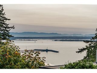 """Photo 21: 14502 MALABAR Crescent: White Rock House for sale in """"WHITE ROCK HILLSIDE WEST"""" (South Surrey White Rock)  : MLS®# R2526276"""