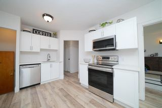 Photo 2: 635 Valour Road in Winnipeg: West End Residential for sale (5C)  : MLS®# 202108461