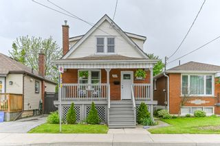 Photo 2: 516 East Queensdale Avenue in Hamilton: House for sale : MLS®# H4055054