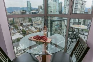 """Photo 7: 2601 928 RICHARDS Street in Vancouver: Yaletown Condo for sale in """"THE SAVOY"""" (Vancouver West)  : MLS®# R2288010"""