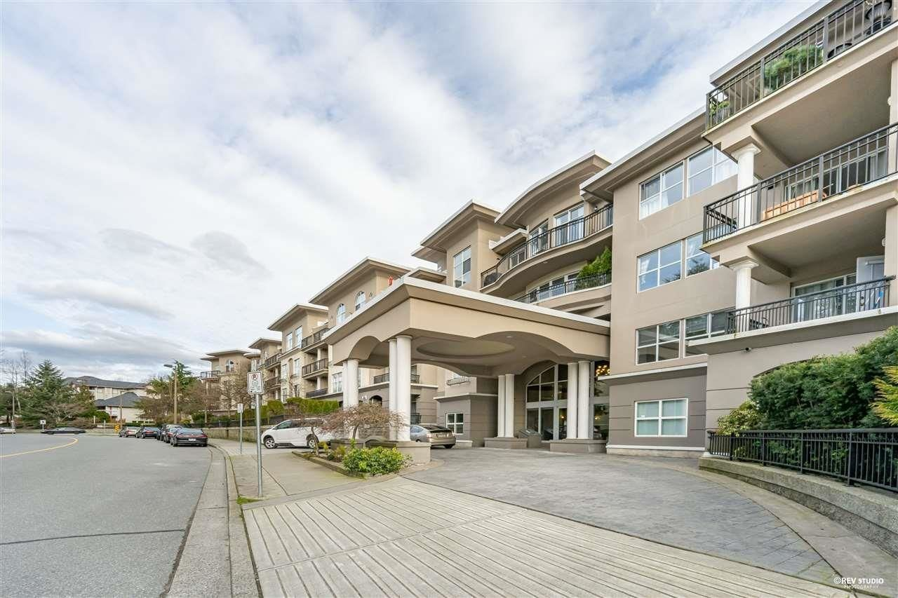 """Main Photo: 124 1185 PACIFIC Street in Coquitlam: North Coquitlam Condo for sale in """"CENTREVILLE"""" : MLS®# R2622507"""