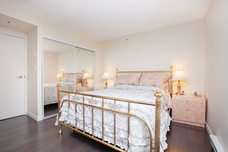 Photo 10: 801 555 JERVIS STREET in Vancouver: Coal Harbour Condo for sale (Vancouver West)  : MLS®# R2330860