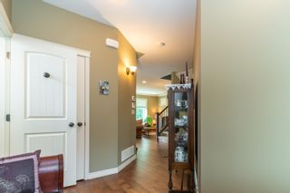 """Photo 2: 16 36169 LOWER SUMAS MOUNTAIN Road in Abbotsford: Abbotsford East Townhouse for sale in """"Junction Creek"""" : MLS®# R2610140"""