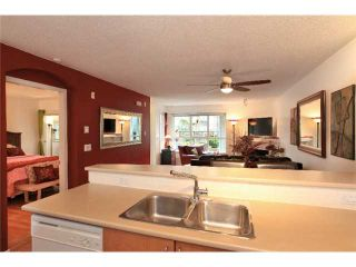 Photo 3: 1135 ROSS Road in North Vancouver: Lynn Valley Condo for sale : MLS®# V995721