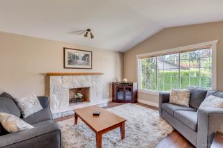 Photo 2: 2556 JASMINE Court in Coquitlam: Summitt View House for sale : MLS®# R2110063