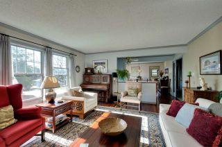 """Photo 3: 5305 MORELAND Drive in Burnaby: Deer Lake Place House for sale in """"DEER LAKE PLACE"""" (Burnaby South)  : MLS®# R2039865"""