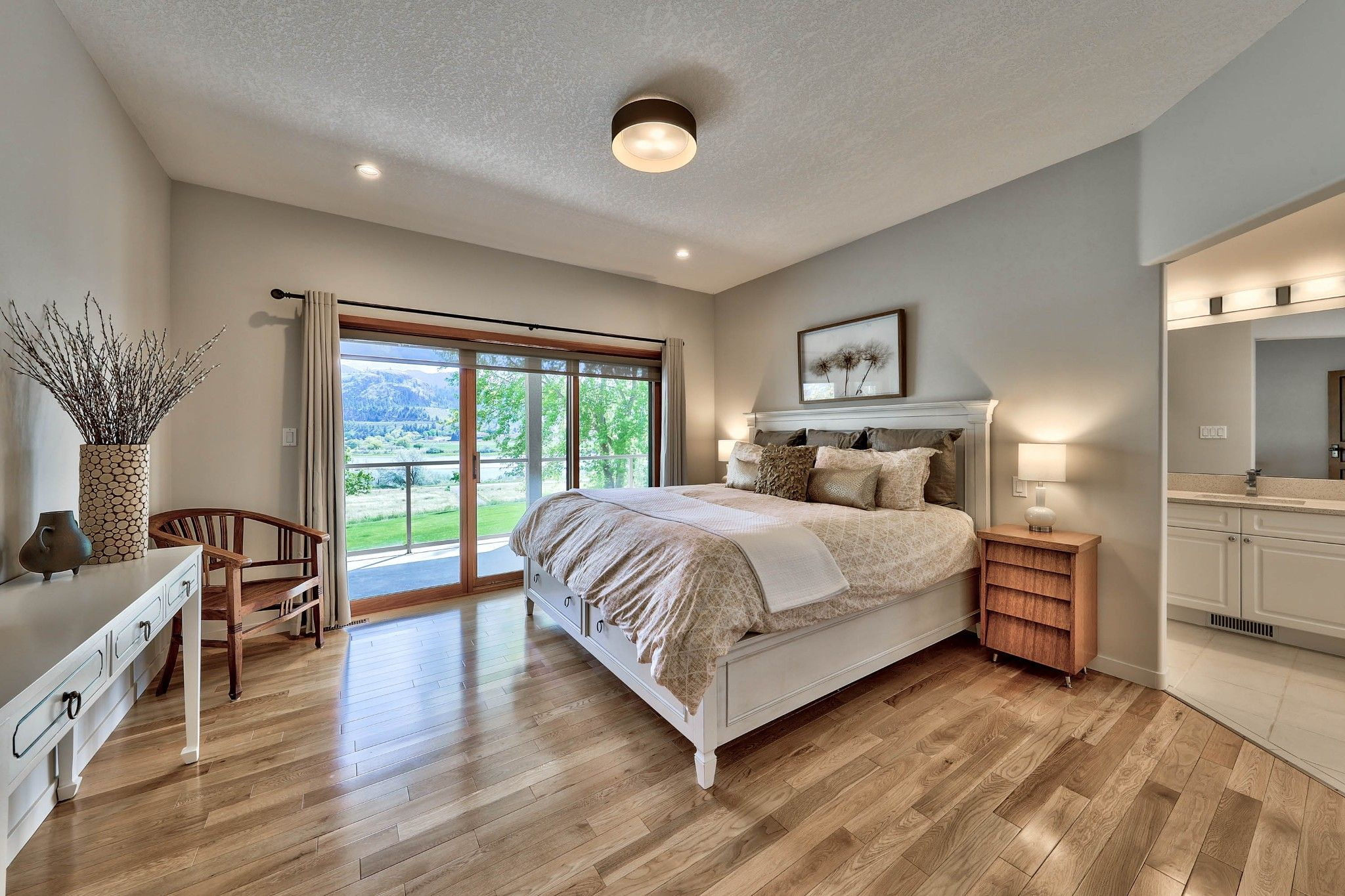 Photo 20: Photos: 3299 E Shuswap Road in Kamloops: South Thompson Valley House for sale : MLS®# 162162