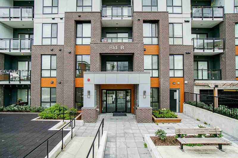 FEATURED LISTING: B106 - 20087 68 Avenue Langley