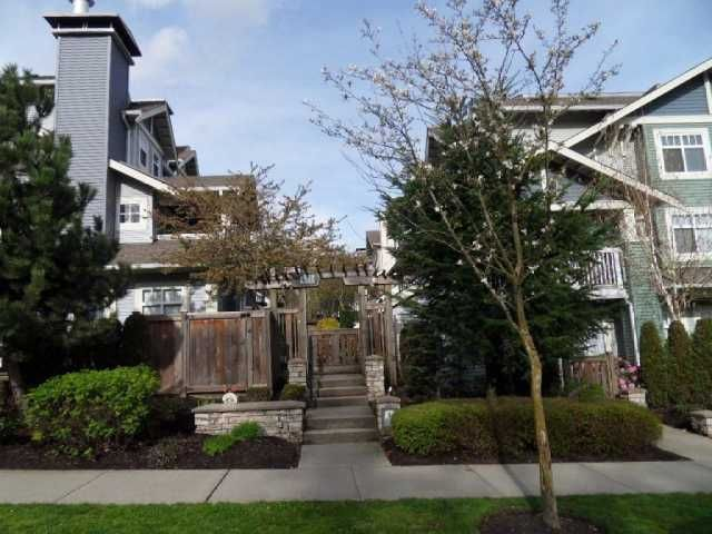 Main Photo: 25 7488 SOUTHWYNDE Avenue in Burnaby: South Slope Townhouse for sale (Burnaby South)  : MLS®# V818752