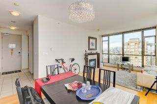 Photo 20: 2104 7368 SANDBORNE AVENUE in Burnaby: South Slope Condo for sale (Burnaby South)  : MLS®# R2144966