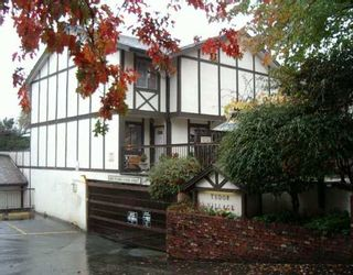 """Photo 1: 8957 HORNE ST in Burnaby: Government Road Townhouse for sale in """"TUDOR VILLAGE"""" (Burnaby North)  : MLS®# V559485"""