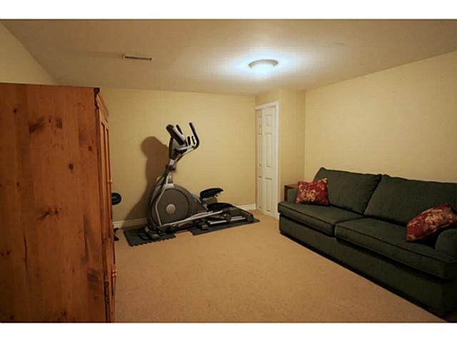 Photo 21: Photos: 5 CAMPFIRE CT in BARRIE: House for sale : MLS®# 1403506