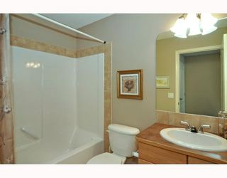 Photo 16: 579 STONEGATE Way NW: Airdrie Residential Attached for sale : MLS®# C3397152