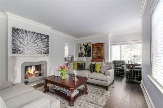 """Photo 2: 2826 W 49TH Avenue in Vancouver: Kerrisdale House for sale in """"Kerrisdale"""" (Vancouver West)  : MLS®# R2135644"""