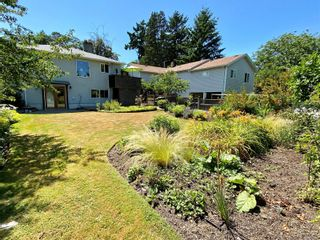 Photo 33: 498 Vincent Ave in : SW Gorge House for sale (Saanich West)  : MLS®# 882038