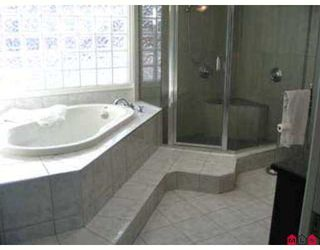 """Photo 7: 13769 MARINE Drive: White Rock House for sale in """"White Rock"""" (South Surrey White Rock)  : MLS®# F2623726"""