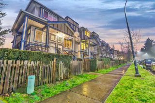 """Photo 2: #54 13899 LAUREL DRIVE Drive in Surrey: Whalley Townhouse for sale in """"Emerald Gardens"""" (North Surrey)  : MLS®# R2527365"""