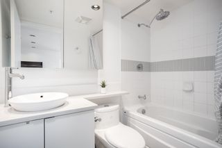 Photo 17: 1808 939 EXPO BOULEVARD in Vancouver: Yaletown Condo for sale (Vancouver West)  : MLS®# R2603563