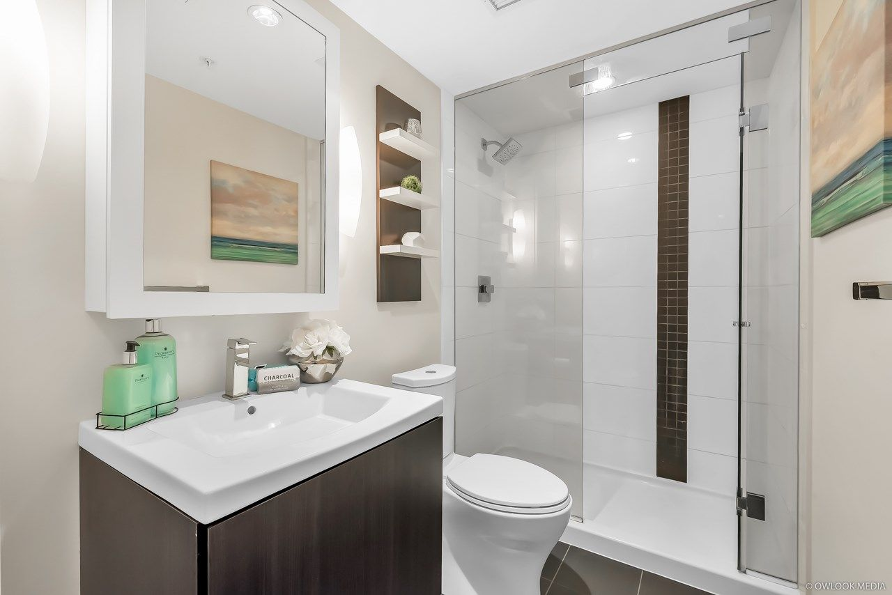 Photo 3: Photos: 1903 1775 QUEBEC Street in Vancouver: Mount Pleasant VE Condo for sale (Vancouver East)  : MLS®# R2433958