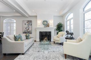 Photo 3: 263 Victoria Crescent in Winnipeg: St Vital Residential for sale (2C)  : MLS®# 202110444
