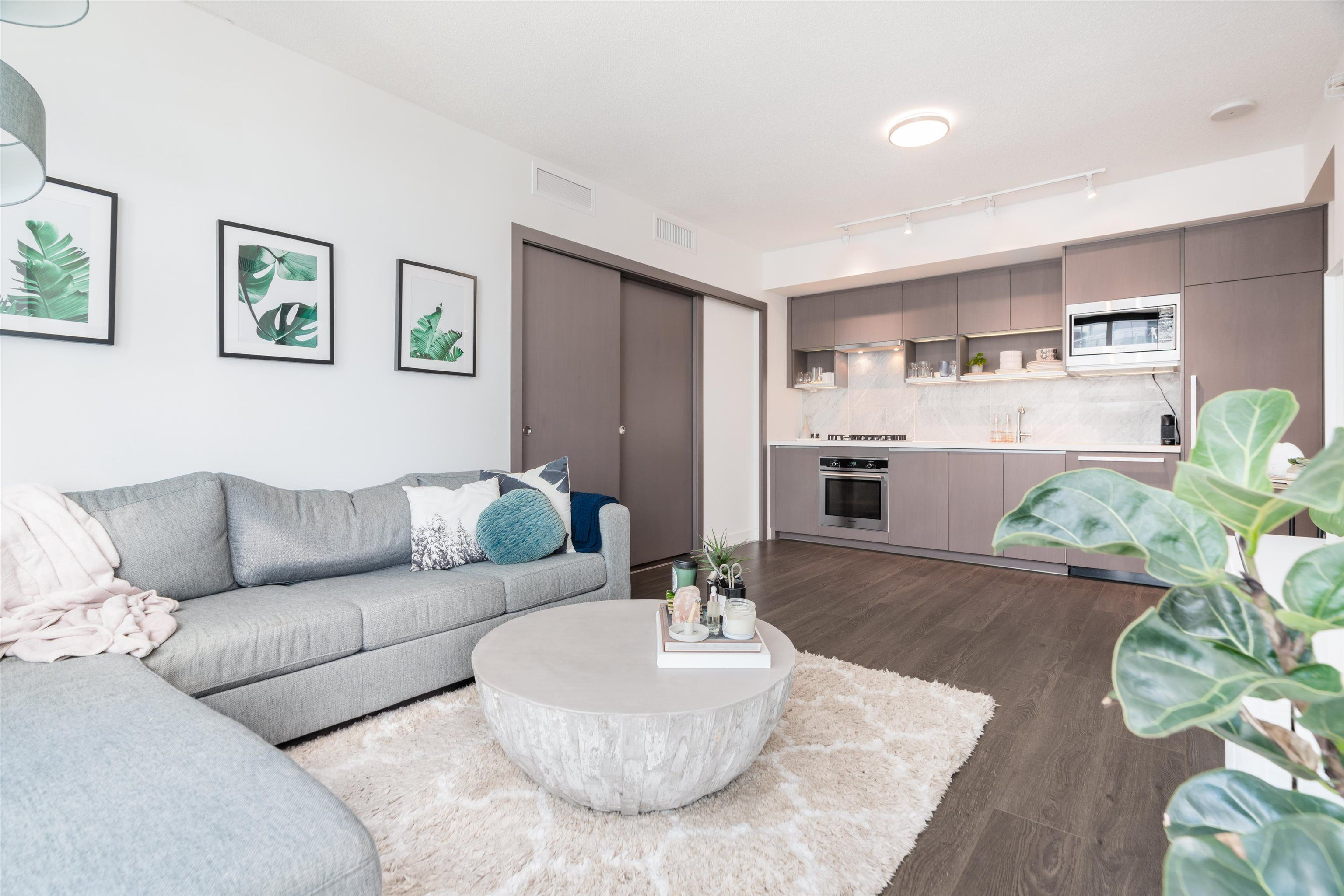 """Main Photo: 1518 68 SMITHE Street in Vancouver: Downtown VW Condo for sale in """"ONE PACIFIC"""" (Vancouver West)  : MLS®# R2618128"""