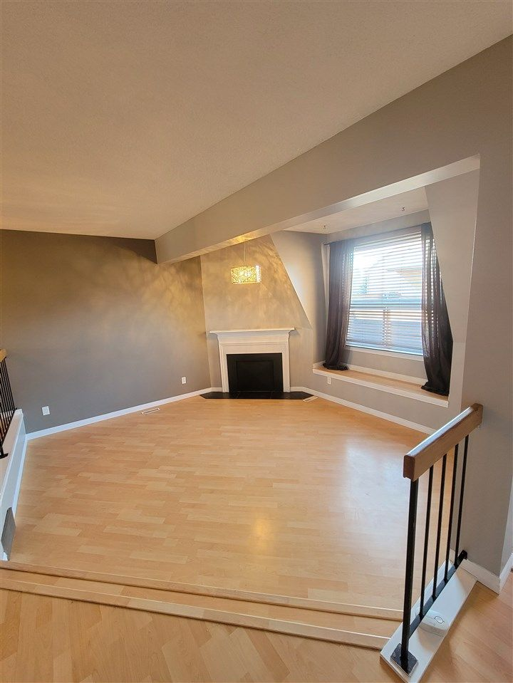 Main Photo: 5971 40 Avenue in Edmonton: Zone 29 Townhouse for sale : MLS®# E4224403
