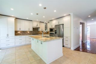 """Photo 6: 873 ROCHE POINT Drive in North Vancouver: Roche Point Townhouse for sale in """"SALISH ESTATES"""" : MLS®# R2377508"""