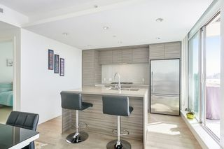 """Photo 5: 804 1550 FERN Street in North Vancouver: Lynnmour Condo for sale in """"BEACON AT SEYLYNN VILLAGE"""" : MLS®# R2570850"""