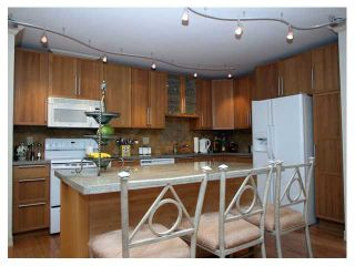 """Photo 3: 607 1490 PENNYFARTHING Drive in Vancouver: False Creek Condo for sale in """"HARBOUR COVE"""" (Vancouver West)  : MLS®# V860789"""
