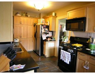 Photo 4: 660 W 13TH Avenue in Vancouver: Fairview VW House for sale (Vancouver West)  : MLS®# V761116