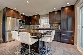 Photo 3: 6203 LEWIS Drive SW in Calgary: Lakeview House for sale : MLS®# C4128668