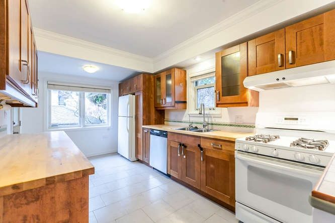 Photo 9: Photos: 808 E 28TH AVENUE in Vancouver: Fraser VE House for sale (Vancouver East)  : MLS®# R2154503