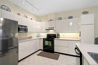 Photo 25: 25 4360 Emily Carr Dr in Saanich: SE Broadmead Row/Townhouse for sale (Saanich East)  : MLS®# 841495